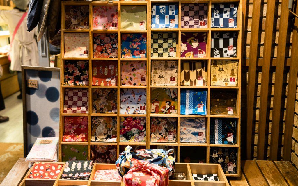 handcrafts in kamakura