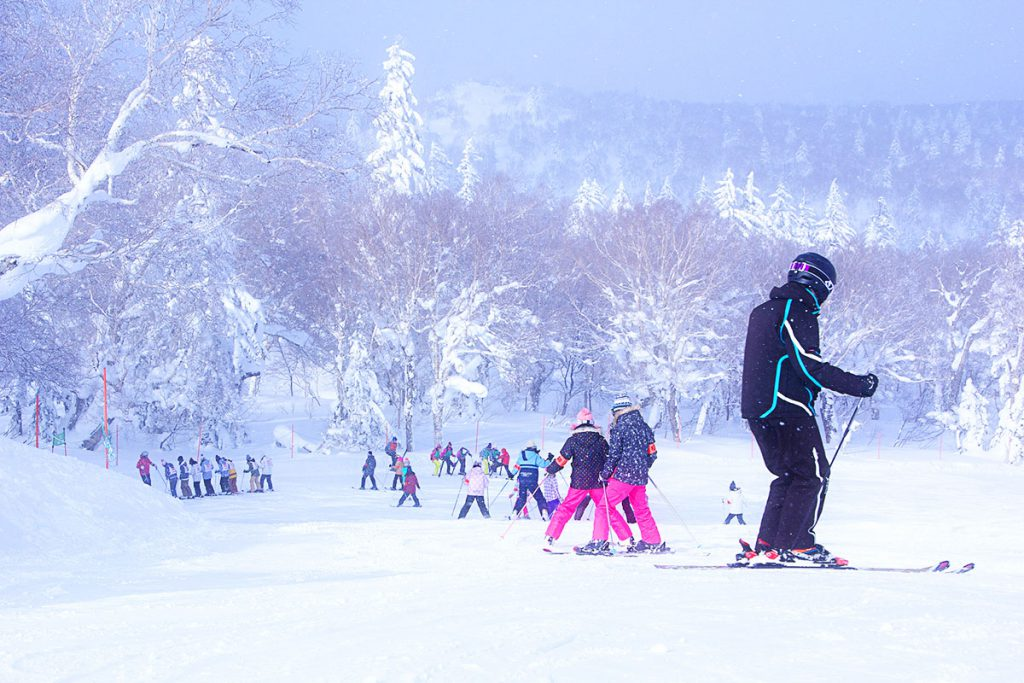 Ski and snowboard in Japan