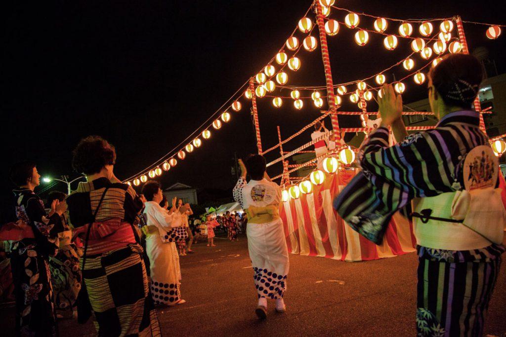 Wearing yukata for summer festival